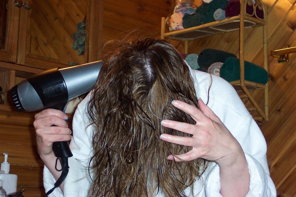 Choisir un bon sèche-cheveu qui correspond à ma chevelure