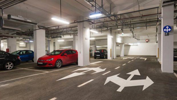 Trouver un parking de libre dans les aéroports, comment procéder ?