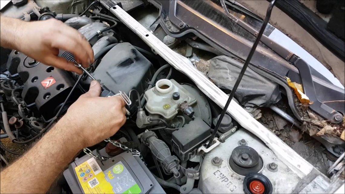 Comment vérifier le liquide de frein? Un testeur d'humidité